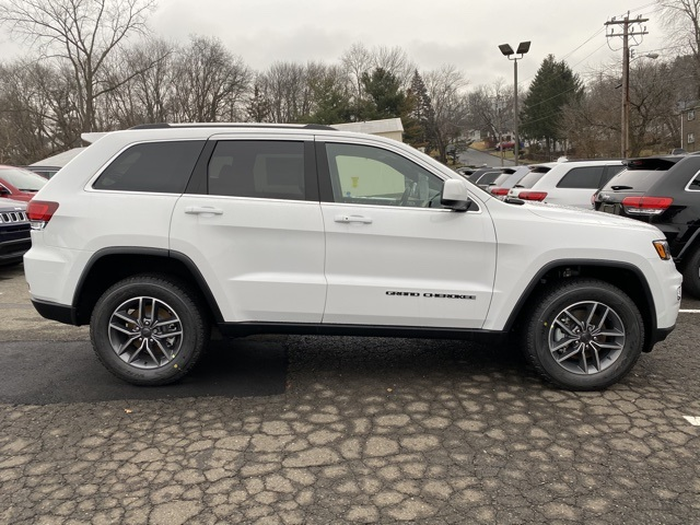 New 2020 JEEP Grand Cherokee Laredo E