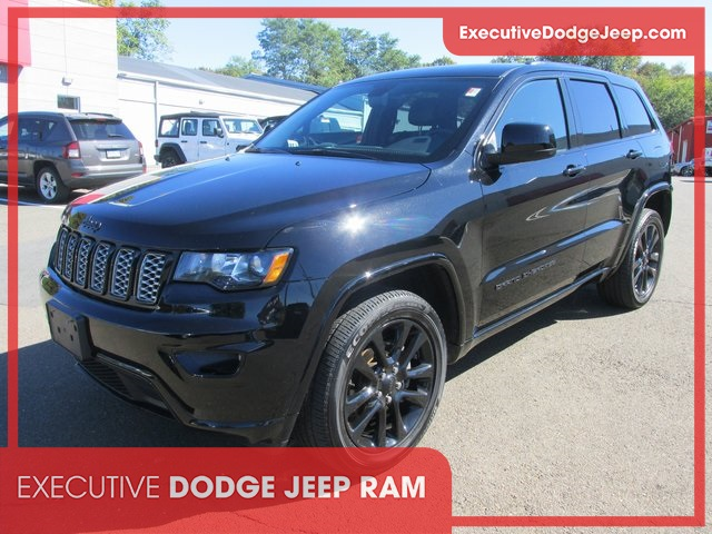 Certified Pre-Owned 2018 Jeep Grand Cherokee Altitude