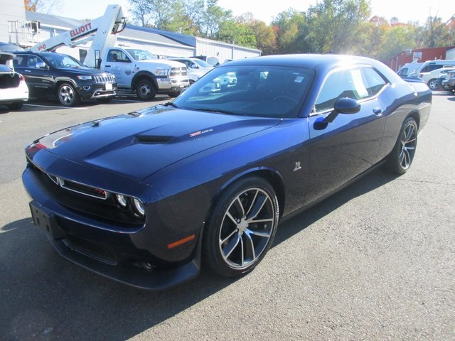 Certified Pre-Owned 2015 Dodge Challenger R/T Scat Pack